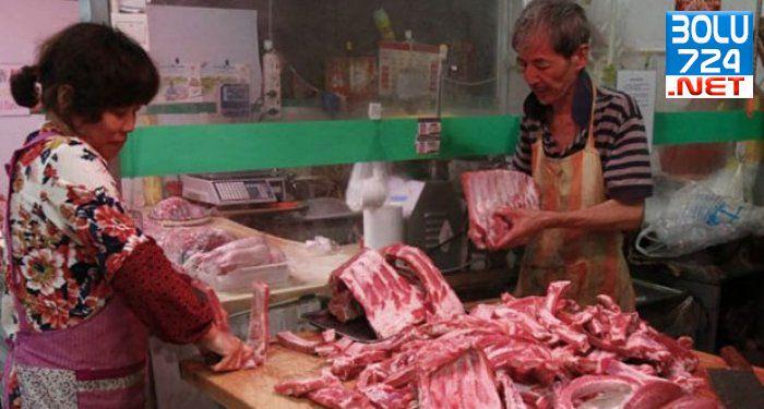100Bin Tonluk 40 Yıllık Kaçak Et Piyasaya Sürülmeden Yakalandı!
