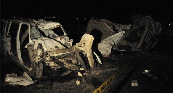 Urfa'da Feci Kaza 4 Kişi Yaşamını Yitirdi