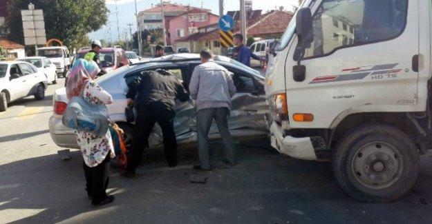 Bolu'da Trafik Kazası 3 Yaralı!