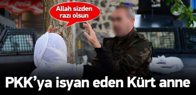 Diyarbakır'lı Anneler Özel Harekat Timlerine Dua Ettiler
