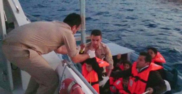 Kaş'ta Mülteci Avı! 11 Umut Yolcusu Yakalandı
