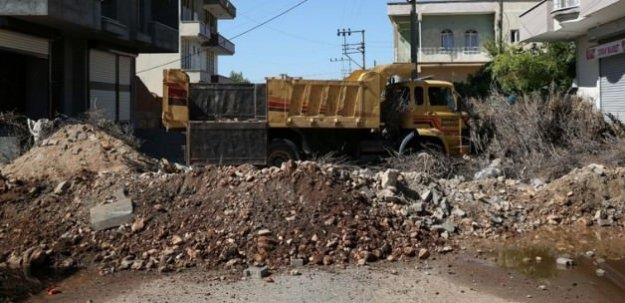 (Video Haber) HDP Belediyesine Ait Komyonda Yüklü Olan Bombalar İnfilak Ettirildi!