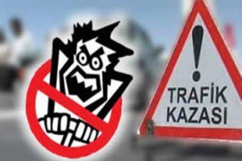 Kastamonu'da Fecii Kaza! Hayvan Yüklü Kamyon Otomobil İle Çarpıştı
