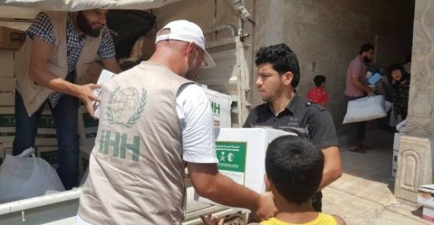 İHH Iraklı Mültecilere Umut Işığı Oluyor