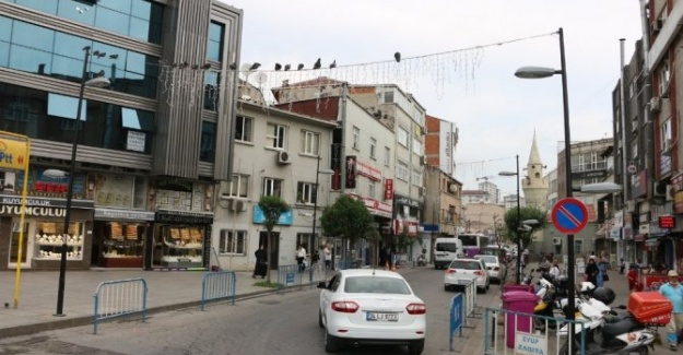 İstanbul Eyüp'te Elektrik Hatları Yer Altına Alınıyor