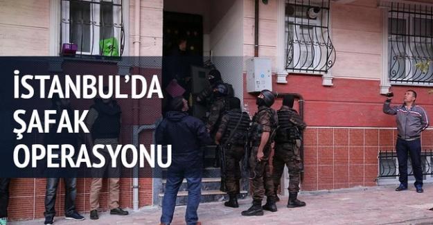 UYUŞTURUCU TACİRLERİNE ŞOK BASKIN!