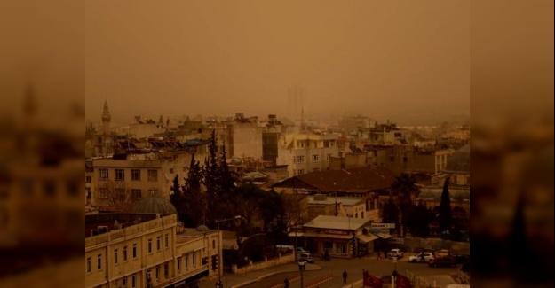 Güneydoğu'da Toz Bulutu Zor Anlar Yaşatıyor