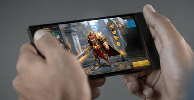 Xiaomi'nin Oyun Odaklı Telefonu Black Shark Tanıtıldı!