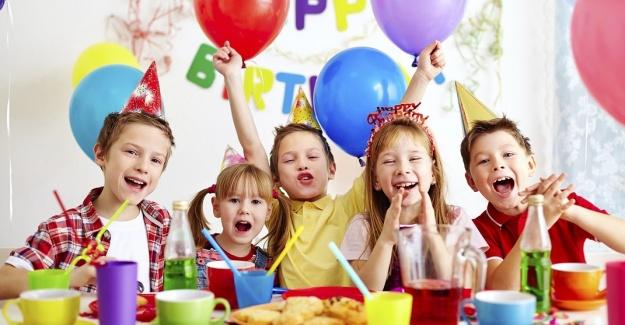 Parti Ve Eğlencenin Adresi; Bonjur Parti