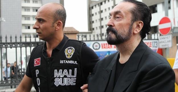 """Adnan Oktar'ın 15 Temmuz'da """"Tayyip'i Asarlar"""" Dediği Ortaya Çıktı!"""