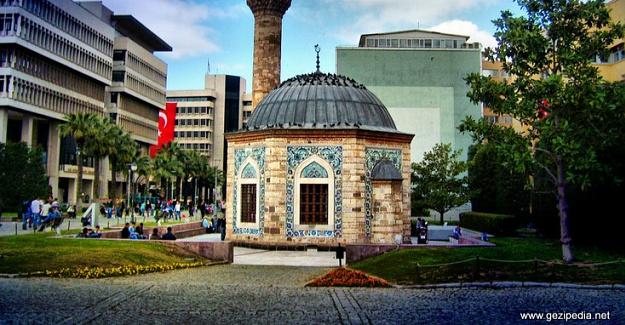 Dağlarında Çiçekler Açan İzmir'de Gezilecek Yerler