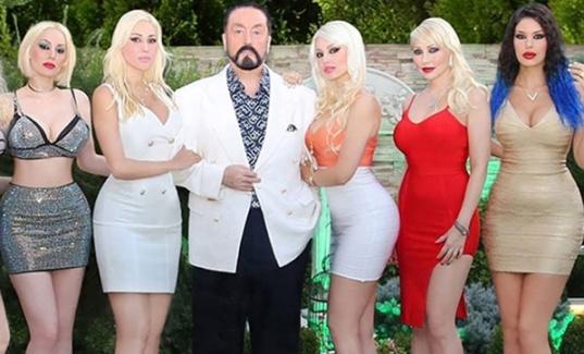 Adnan Oktar'ın Skandal Telkinleri:Bikini Tesettür,Lezbiyenlik Helal!