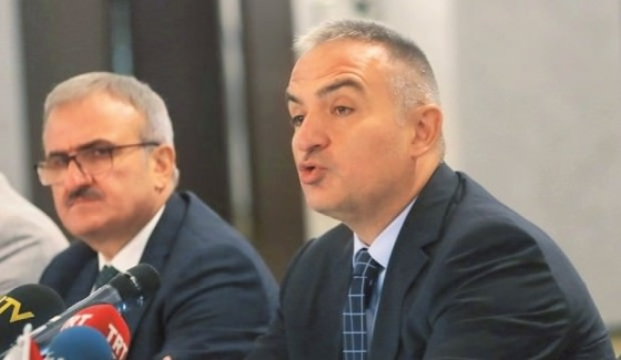 Turizm Bakanı Ersoy Sert Çıktı: Vatandaşı Kazıklayamazsınız