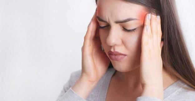 Migren kadınlarda 3 kat daha fazla görülüyor