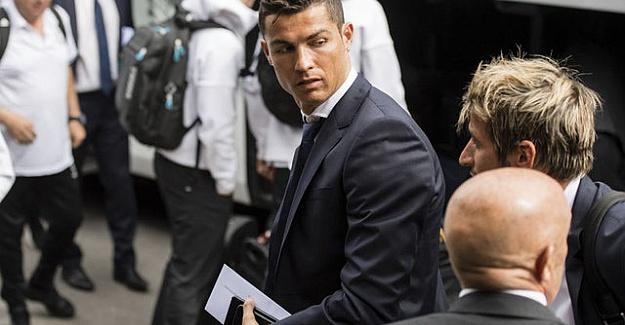 """Cristiano Ronaldo"""" İngiltereye dönmek istiyordum"""""""
