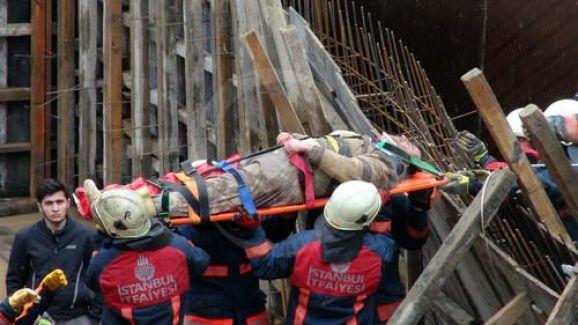 Bakırköy'de Göçük Altında Kalan İşçi Kurtarıldı