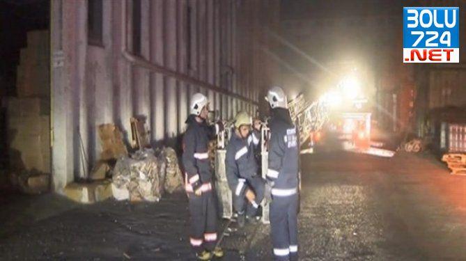 Başakşehir'de Korkutan Yangın! Çevre İlçelerden Bile Gözüktü!