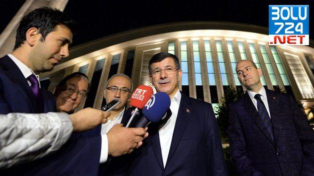 Başbakan, Hamdi Akseki Camii'nde Teravih Kıldı!