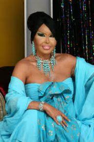 Diva Hayattayken Mezar Satın Almak İstedi ŞOKE Uğradı:ŞATAFATA GEREK YOK