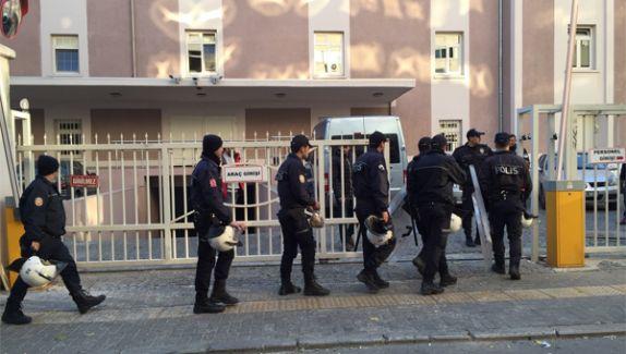 FETÖ/PDY Terör Örgütüne Baskın! 34 Kişi Emniyete Alındı!