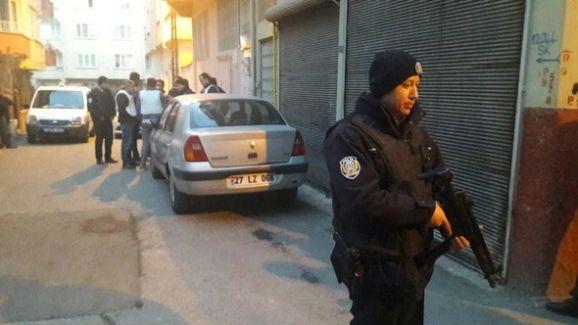 Gaziantep'te Rehine Krizi..Komşularını Rehin Aldı