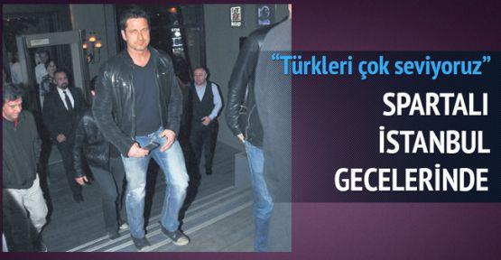 LEONİDAS Türkiye'ye Geldi Kavga Çıktı (Gerard Butler kimdir)