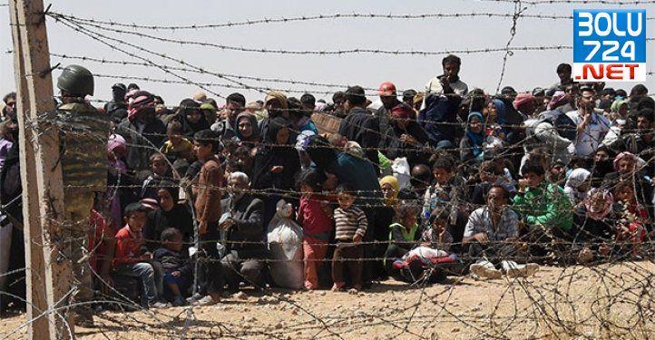 IŞİD İle YPG Savaşıyor 3600 Suriye'li Türkiye Sınırında Bekliyor