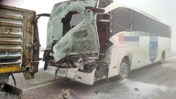 Konya'da Feci Kaza: 1 ölü 7 yaralı