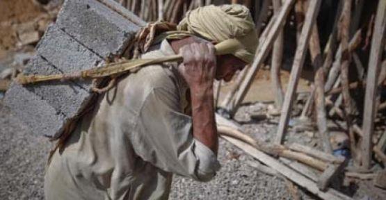 ŞOK HAVADİS: İşçilerin Kaldığı Çadıra Saldırı Düzenlendi 20 İşçi Hayatını Kaybetti