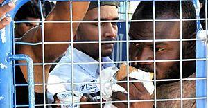 Bodrum İlçe Emniyet Müdürlüğünün Bahçesi Mülteci Kampına Döndü