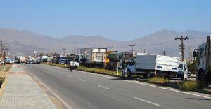 Pamuk Geçidinde Sıcak Çatışma! Bölgede Yollar Ulaşıma Kapatıldı