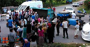 Sakarya'da Fındık Emekçilerini Taşıyan Traktör Devrildi! İşte Dehşet Görüntüler