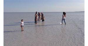 Tuz Gölü Şifa Dağıtıyor! Ayak Kokusu, Romatizma, Cil Hastalıkları...! (ÖZEL HABER)