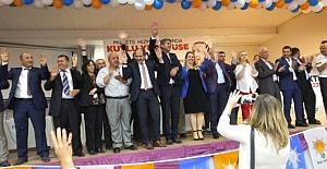 Ak Parti'de Onur Bedir Yeniden Burhaniye Başkanı Seçildi