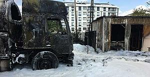 Tuzla'da Çıkan Yangına İtfaiye Müdahalesi