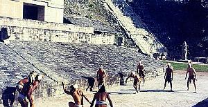 Bilim Adamları Azteklerin Ölüm Nedeni...
