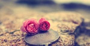 Sevdiginiz Kişiyi Kendinize Aşık Edin