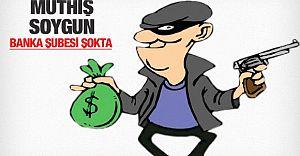 BAĞCILAR: Soyguncu 150 Bin Tl'yi Alıp Kaçtı