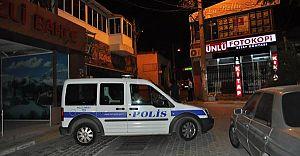 İzmir'de Unutulan El Çantası Bomba Paniğine Neden Oldu!