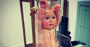 Sosyal Medyayı Karıştıran Skandal Bebek Fotoğrafının Gizemi Ortaya Çıktı
