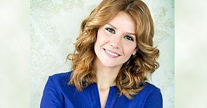 TV8 Esra EROL'u Bünyesine Katarak Önemli Bir İş Evliliği Yaptı!