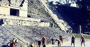 Bilim Adamları Azteklerin Ölüm Nedeni 'Veba Salgını' Dedi