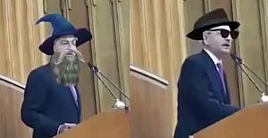 CHP Milletvekili Canlı Yayında Emojileri Açık Unutunca..