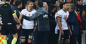 Beşiktaşlı Futbolcular Polise Olaylı Derbiyle İlgili  İfade Verdi!