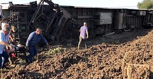 Tekirdağ'da Yolcu Treni Devrildi: Ölü ve Yaralılar Var!