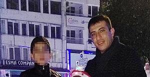 13 Yaşıdaki Çocuk, Babasını Uykusunda Başından Vurup Öldürdü!