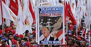 Venezuela'da Hükümet ve Muhalefet Yanlıları Sokaklarda