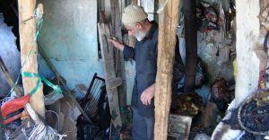 58 Yaşındaki Yaşlı Adamın Evi Yandı Sokakta Kaldı