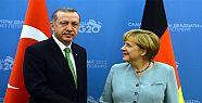 Erdoğan'dan Merkel'e Sürpriz Telefon