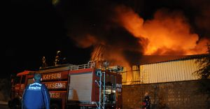 Kayseri OSB'de Korkutan Yangın!
